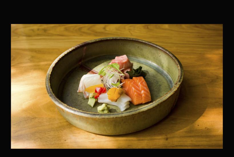 platesfoodsashimi-819×550