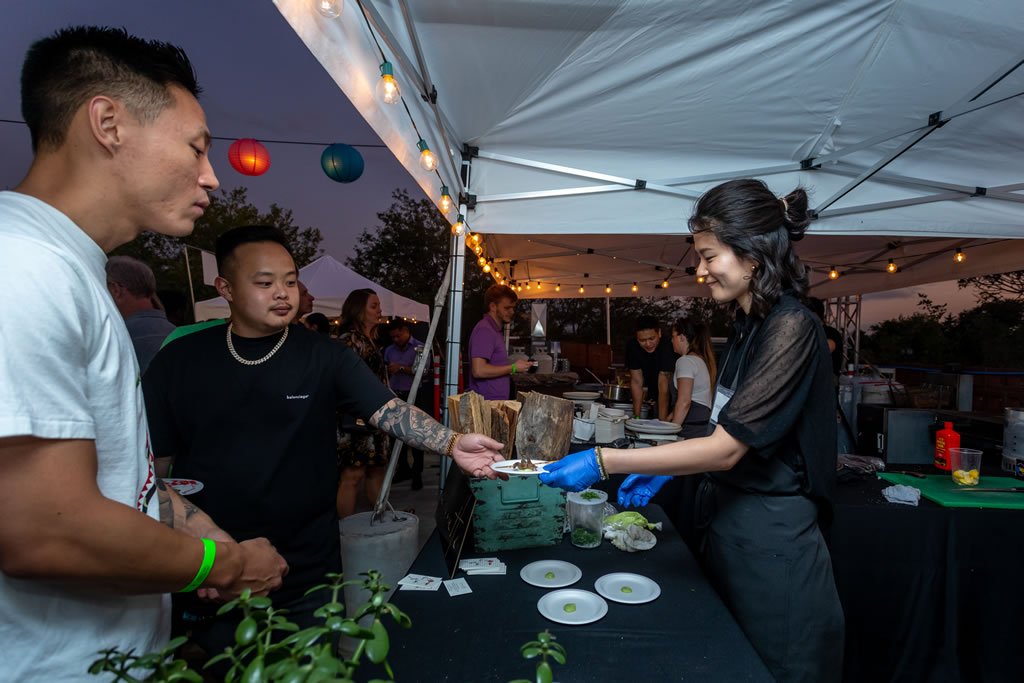 2019 ANNUAL DEN ROOFTOP CHARITY PARTY_139
