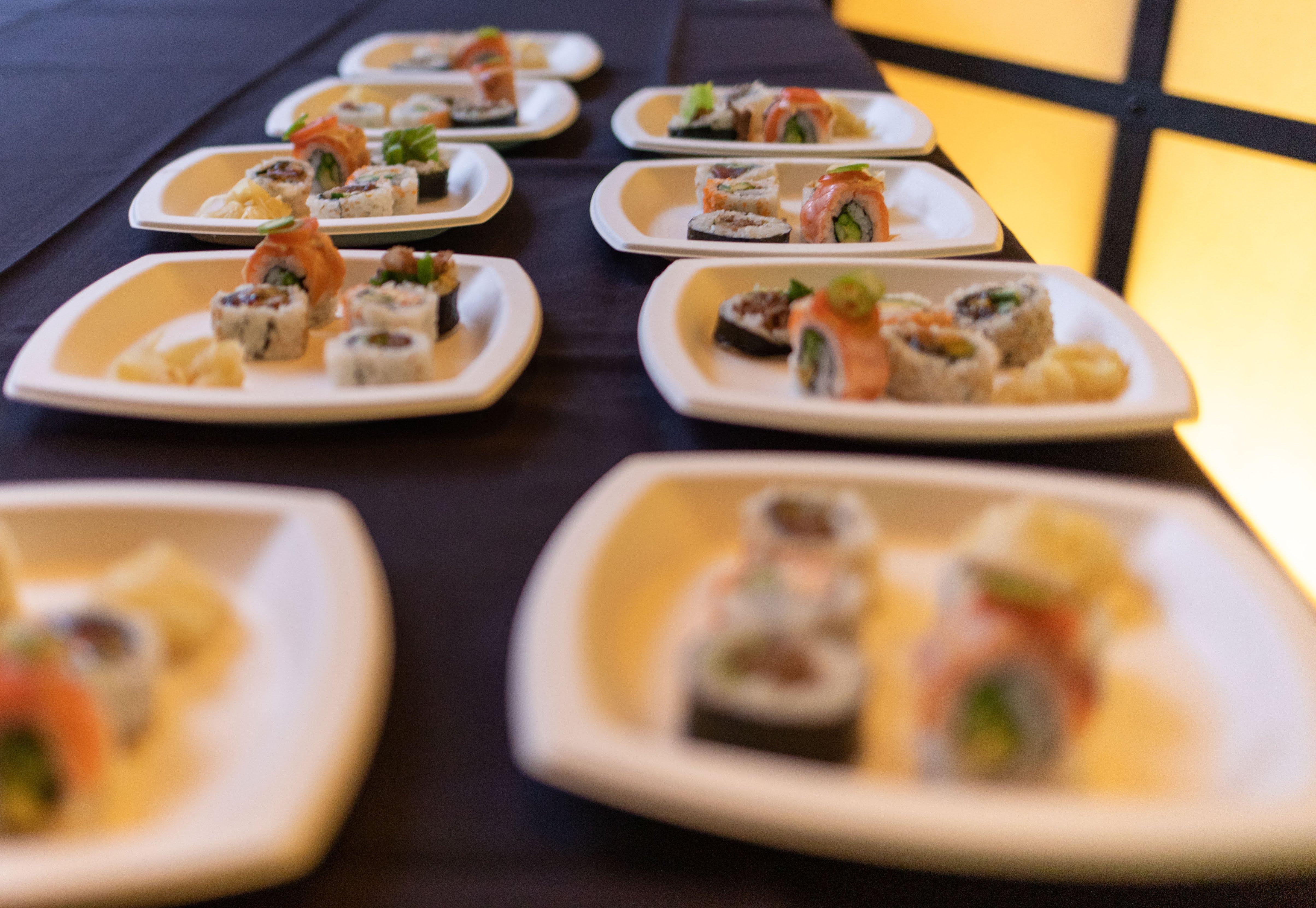 Sushi Den Color-5775