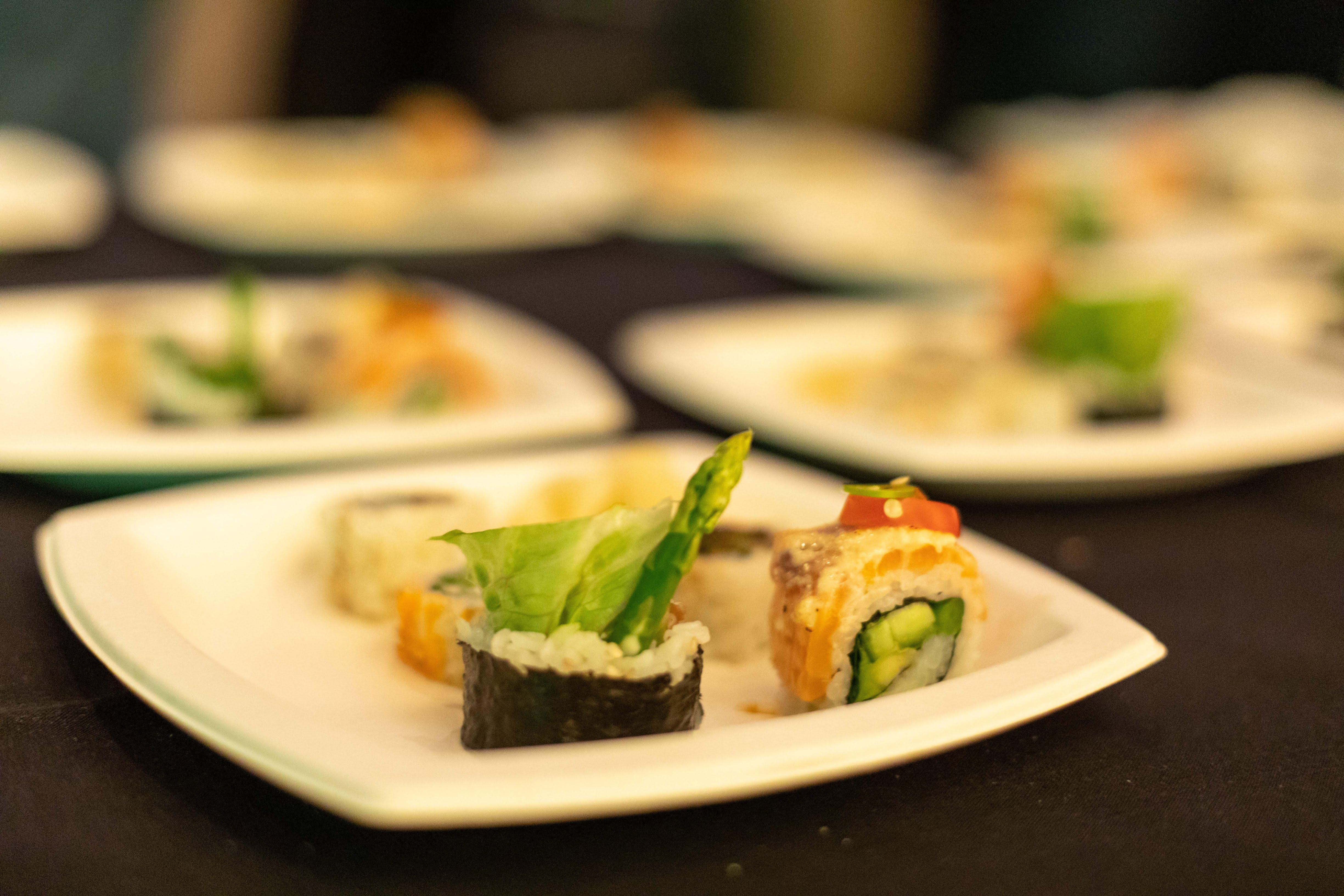 Sushi Den Color-5955